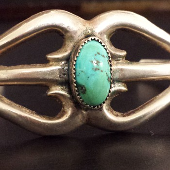 Vintage Sterling Turquoise Cuff Bracelet - Fine Jewelry