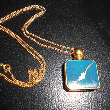 70's style Pendant - Fine Jewelry