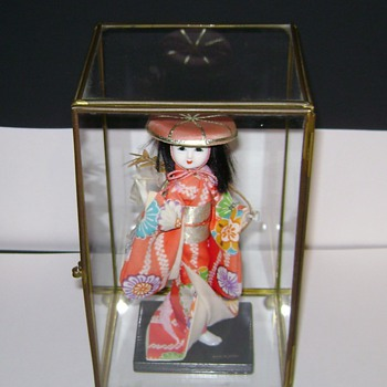 Geisha Figurine - Asian