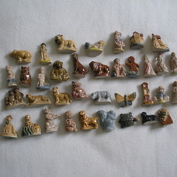 little figurines -wade china  - Animals