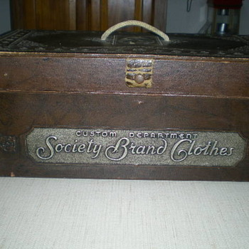 Suit Salesman sample case or Tailor case - Advertising