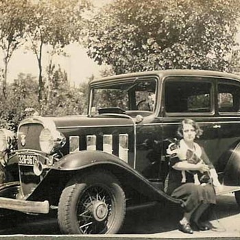 Old car pictures - Photographs