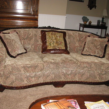 couch & matching barrel chair  - Furniture