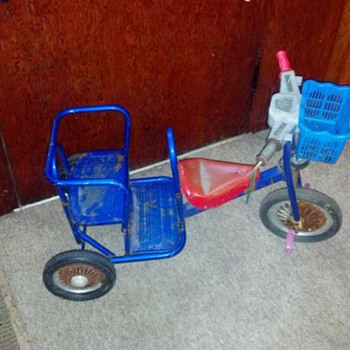 Unknown Tricycle with Front Facing Passenger Seat - Toys