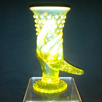 Ultra Rare Fenton Topaz (Vaseline) Opalescent Hobnail Hand Vase: early 1940's