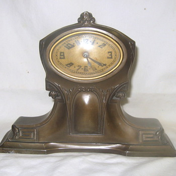 Vintage Lux Bronze Art Deco Mantle Clock c.1920's