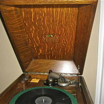 Tiger Oak Victrola from The Late Teens