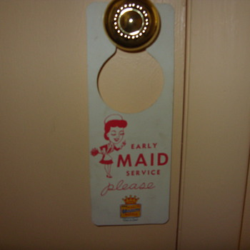 early best western maid and do not disturb sign