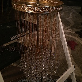 Crystal lamp, need info help