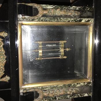 Wagner Pendulum clock - Clocks