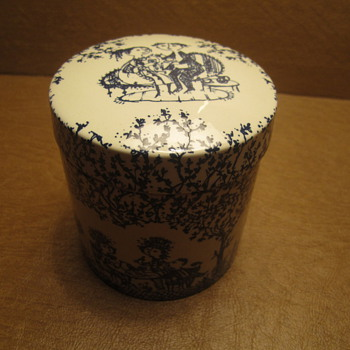 Bjorn Wiinblad Nymolle Denmark Round Box with Rare Tree Scene Motif 3-3/4 x 3.5&quot;