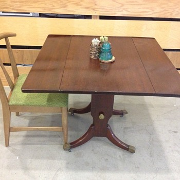 Vintage 1950's Colonial Style Hi-Low Adjustable Diner Table    - Furniture