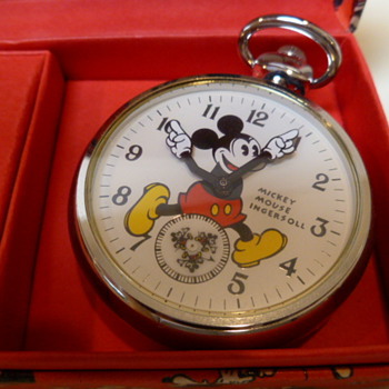Limited Edition  Remake 1933 Mickey Mouse Pocketwatch - Pocket Watches