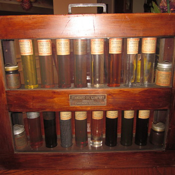 Standard Oil Company Salesman Sample Display Case 1920&#039;s - Advertising