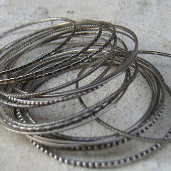 Sterling 1950's bangles - Fine Jewelry