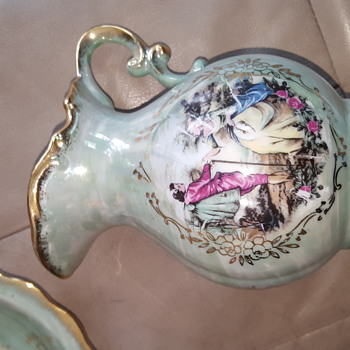 opalescent gold rimmed porcelain imported by toronto purchased at local thrift shop - Art Glass