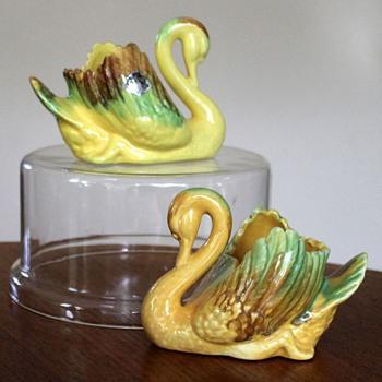 Davnel Australia Ceramic Swans