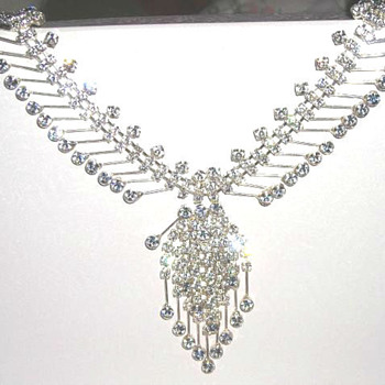 Jewelry Trademark Info - Costume Jewelry