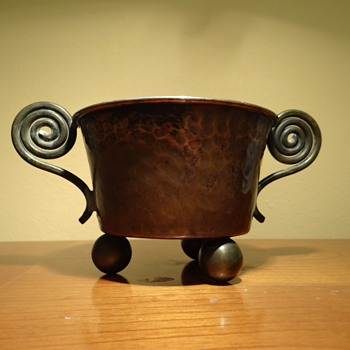 COPPER VASE - MADE IN SWEDEN