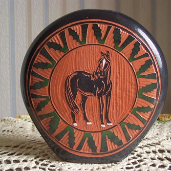 Navajo Horse Pottery