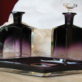 Amethyst to Clear Mystery Bottles and Tray - Bottles