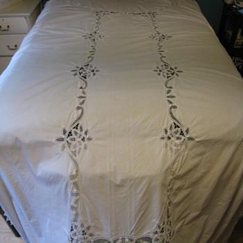Cutwork Bedcover