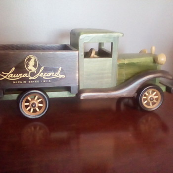 Laura Secord Wooden Truck - Model Cars