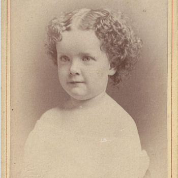 Angelic Child's Portrait by Park of Cleveland, Ohio