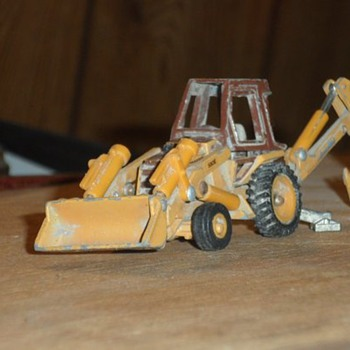 old toy backhoe - Model Cars