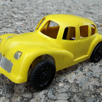 ReliableToys Plastic Car