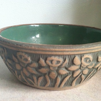 Early Robinson Ransbottom Bulb Bowl - Art Pottery
