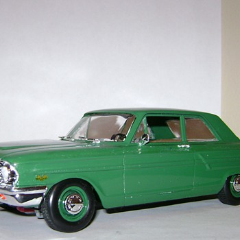 1964 Ford Fairlane - Model Cars
