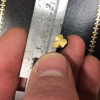 Tiny Tiffany Leaf