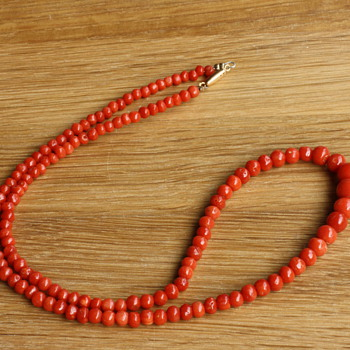 Red coral necklace - Fine Jewelry