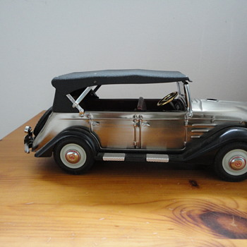 1936 Toyota Pheaton AB lighter