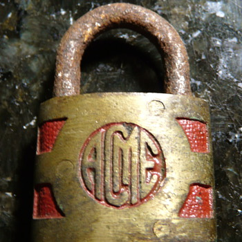 Acme lock with red trim - Tools and Hardware