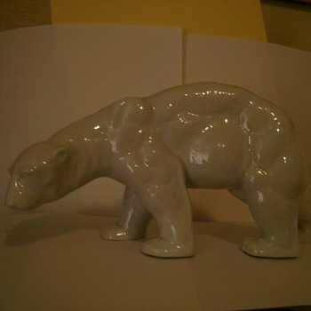 Schau Kunst Porcelain Polar Bear - Art Pottery