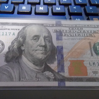 Fancy Serial Number 100 Dollar Bill - US Paper Money