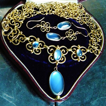 Antique Victorian Celyon Moonstone Butterfly 18k Necklace Earring Demi Parure - Fine Jewelry
