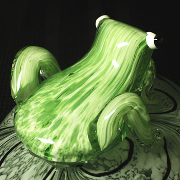"Art Glass""Frog sit on Rock""XX Century"