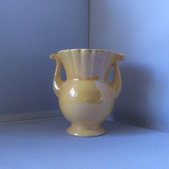 Lustre vase - Art Pottery