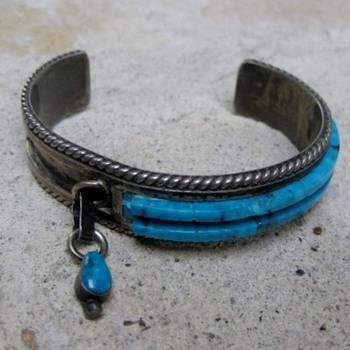 Turquoise bracelet - Zuni, Navajo?