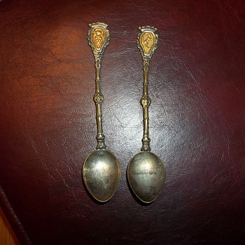 MINATURE SILVER SPOONS - Sterling Silver