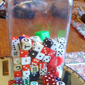 DICE and more DICE!  with nice jar! from Garage Sale $5.00!! - Games