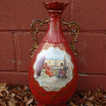 my favorite victorian style vase  - Pottery