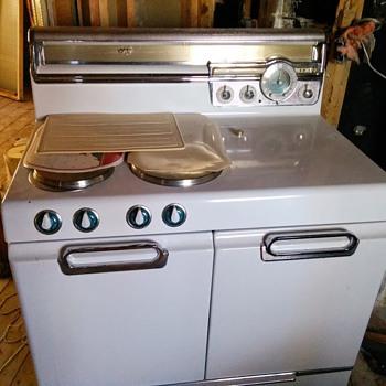 1953 Vintage Frigidaire Oven - Kitchen