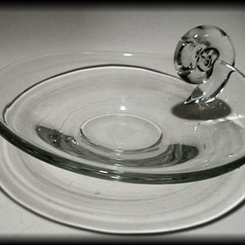 Clear Art Glass Bowl ( Poland or Not ?? ) Unknown ID - Art Glass