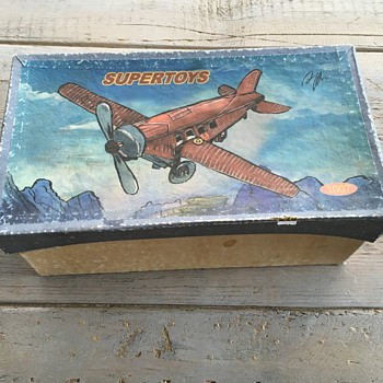 SUPERTOYS PH PAYA HERNANOS, 1930 AVION JUNKERS JU 52 CLOCKWORK, TIN PLANE. N°1007