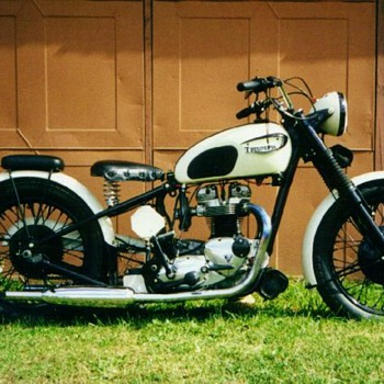 1966 Triumph T-120 Bonneville custom &#039;40s style - Motorcycles