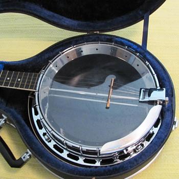 1970s Fender Leo Professional Banjo